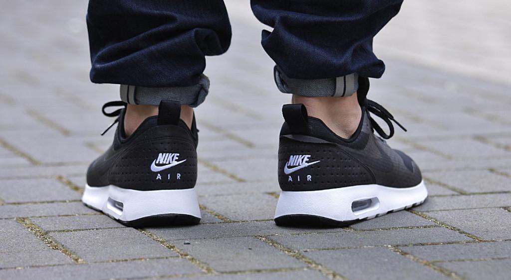 "Nike Air Tavas Essential ""Black n White"" | AFEW NEWSBLOG"