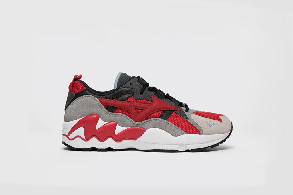 afew-store sneaker mizuno-x-highsnobiety-wave-rider-chinese-red-black-cool-gray Phoenix