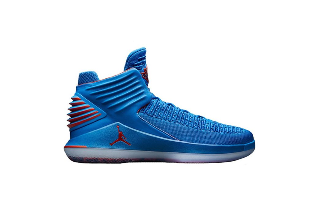 afew-store-sneaker-air-jordan-xxxii-white-black-courtpurple-universityblue-AA1253-105