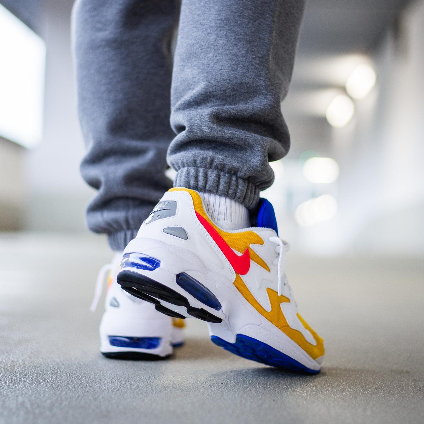 Nike Air Max 2 Light On-Feet